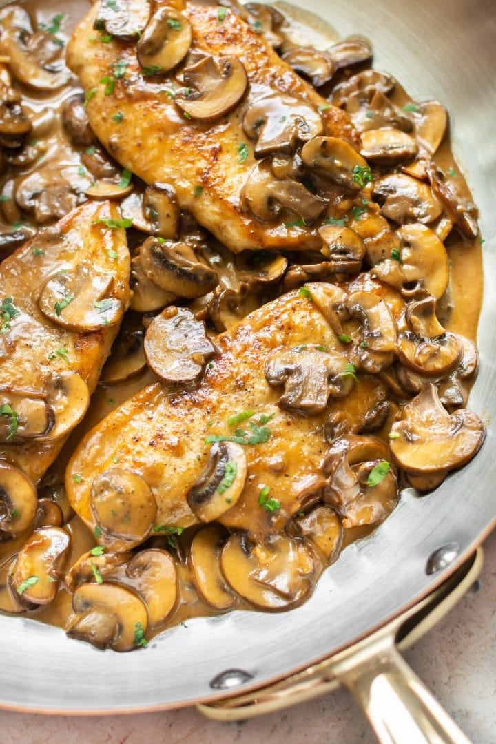 close-up of the best chicken marsala