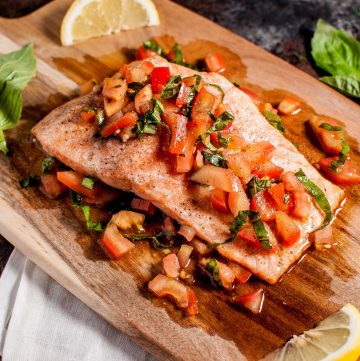 Bruschetta salmon is an easy, summery dish that is a great way to take advantage of in-season tomatoes and basil. Ready in under 30 minutes!