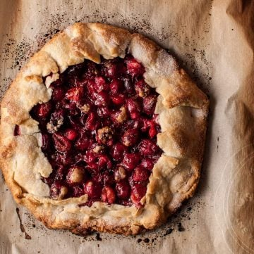 A rustic cranberry galette makes a delicious fall/winter/holiday dessert without too much effort!