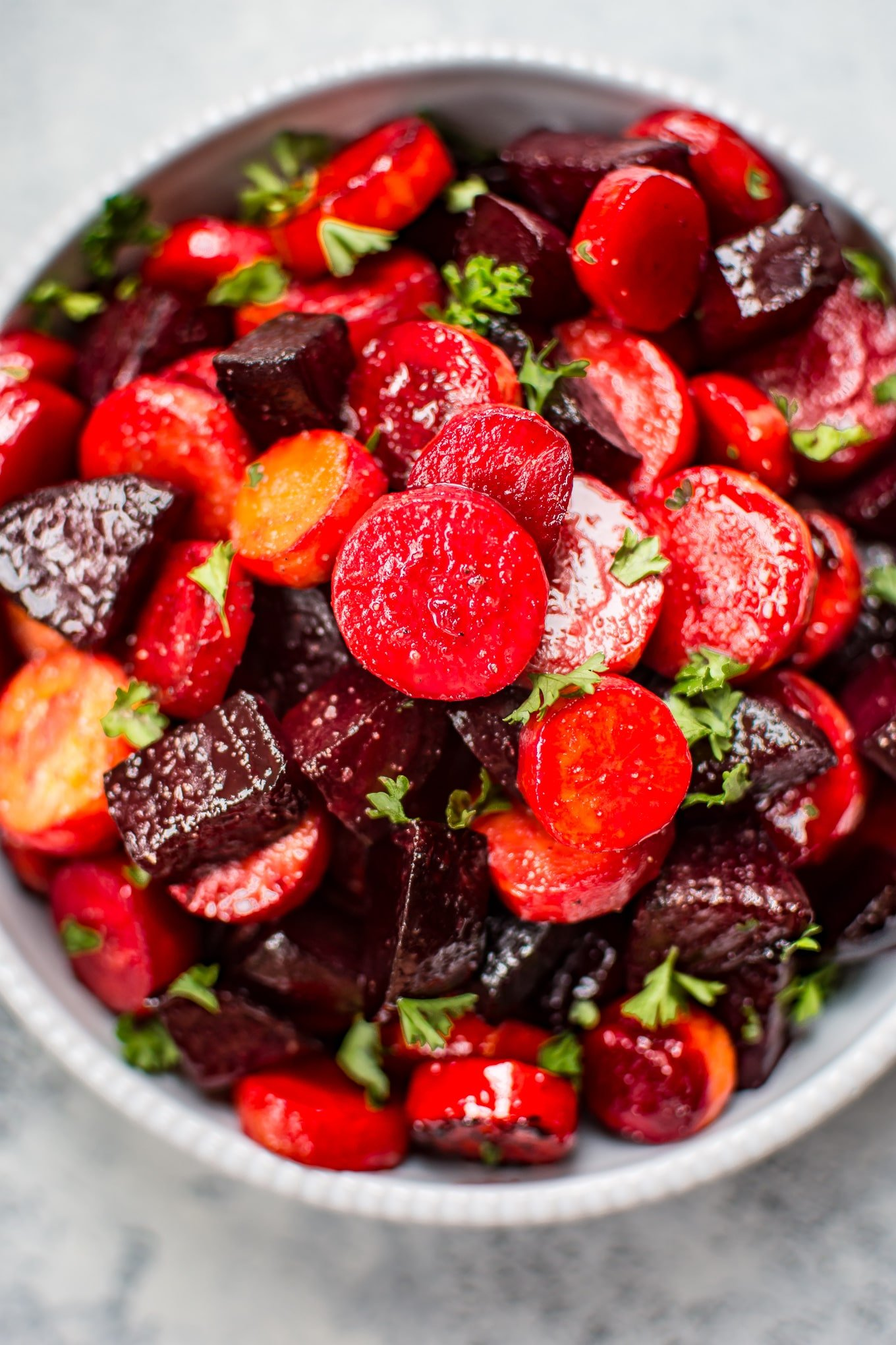 This Maple Roasted Beets And Carrots Recipe Is An Easy, Colorful, And  Healthy Side