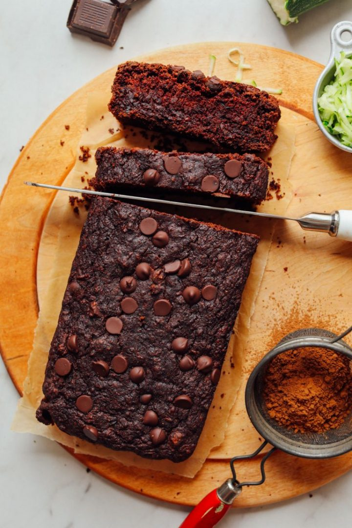 One Bowl Chocolate Zucchini Bread - One of 30 delicious vegan meal prep recipes in this roundup!