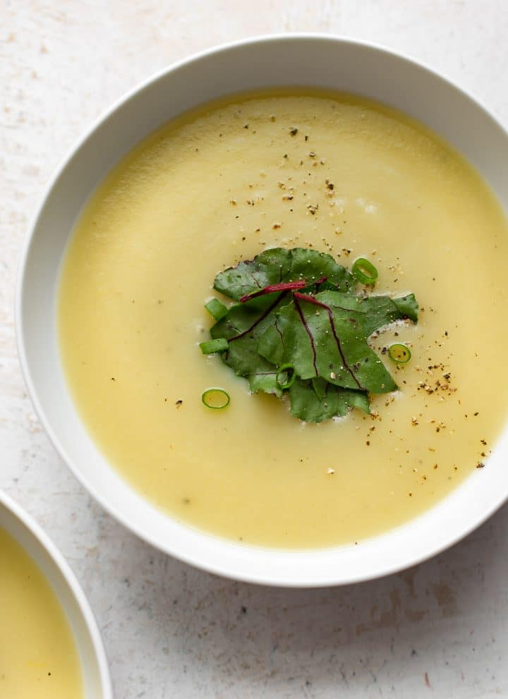 This easy Instant Pot potato and leek soup recipe is healthy, simple to make, and filling.