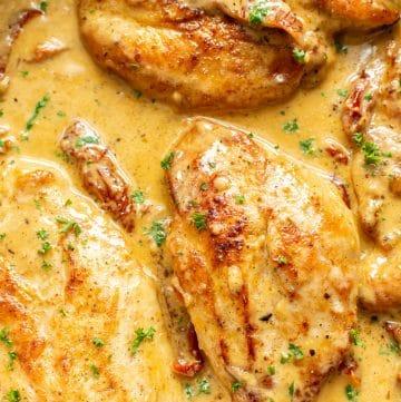 creamy Cajun chicken close-up