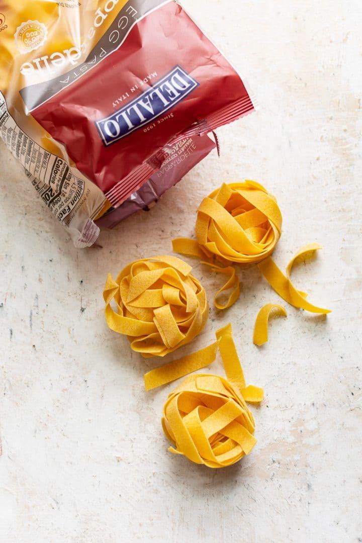 DeLallo pappardelle for creamy pasta primavera recipe