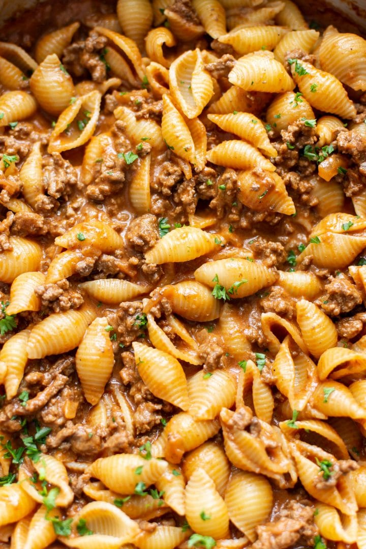 creamy beef and shells close-up