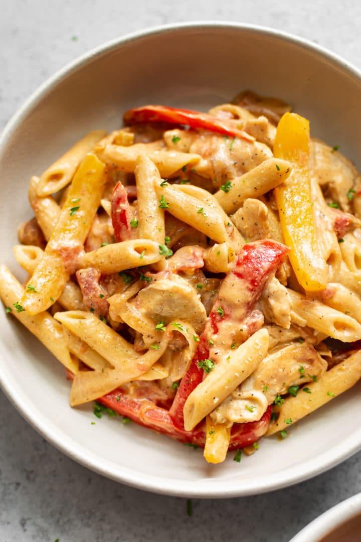 close-up of a bowl of chicken fajita pasta