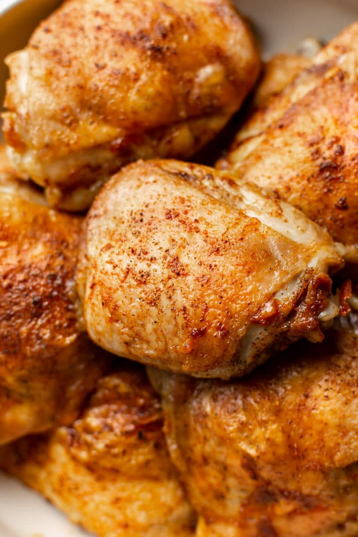 close-up of the best baked chicken thighs