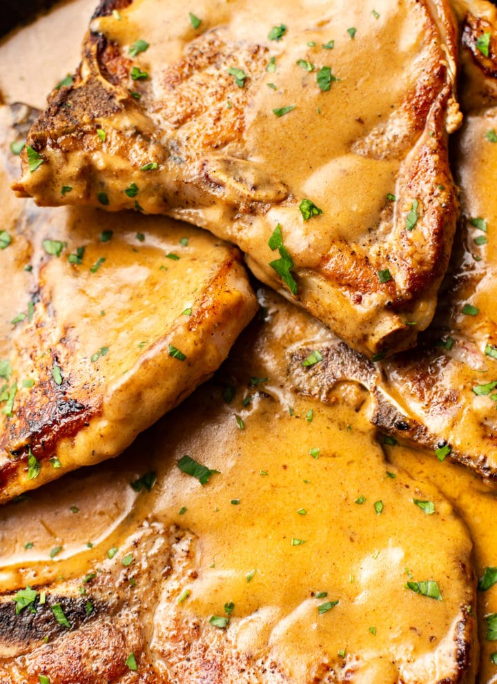 close-up of easy smothered pork chops with gravy