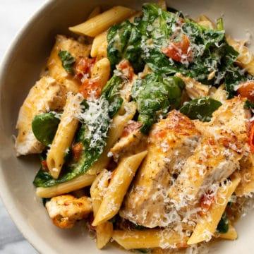 chicken ranch pasta close-up
